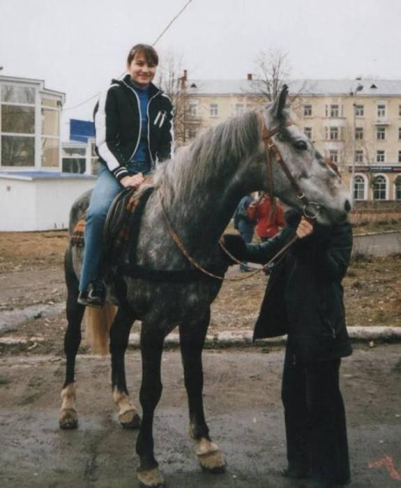 Наконец-то сижу на лошади