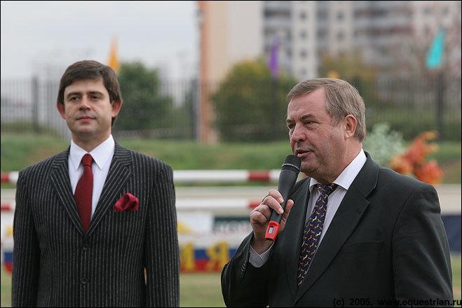 Президент федерации конного спорта России Г.Н. Селезнев говорит приветственную речь