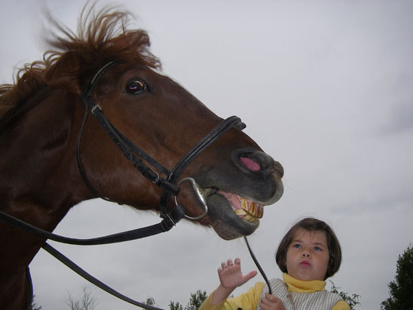 Вот так мы любим детишек:)))