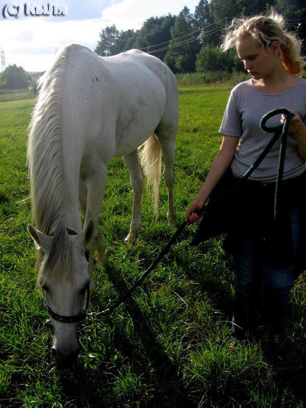 Алиса и Тёма,август 2007, КСК Гармония,лошадь принадлежит ЧВ
