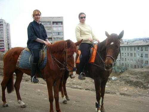 Я на Паркуре и Анна на Плясунье))