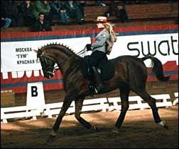 Ольга Александровская и Арлекин на Кубке Альфареса 2002