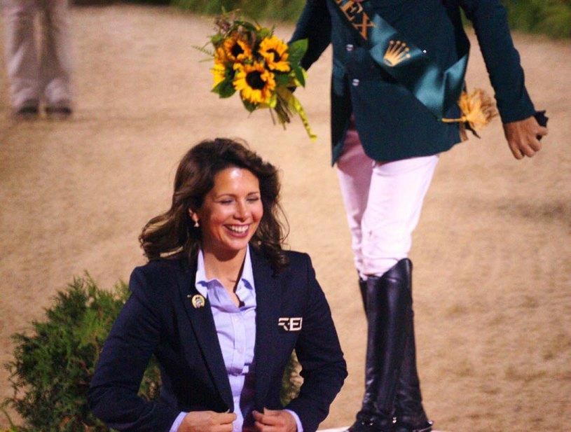 Принцесса Хайя во время награждения финалистов чемпионата мира по конкуру