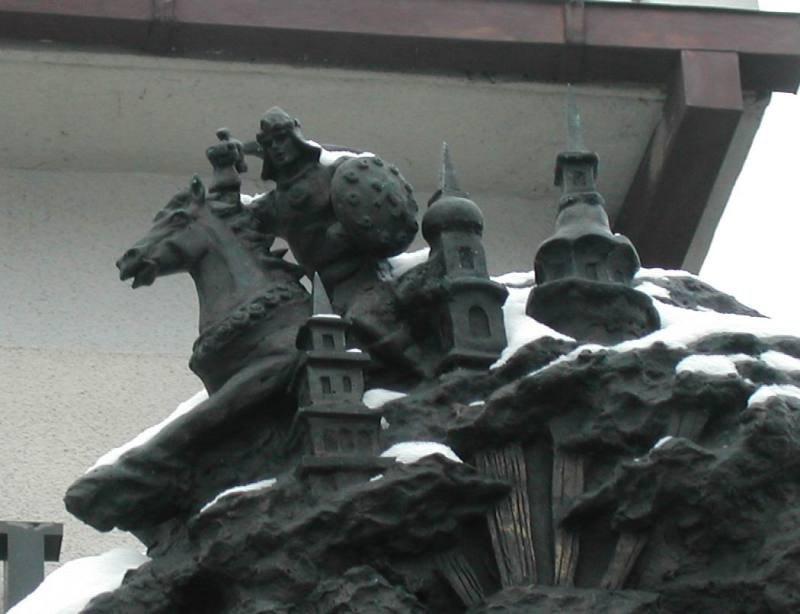 Фрагмент скульптуры, в Троицком предместье на Немиге.