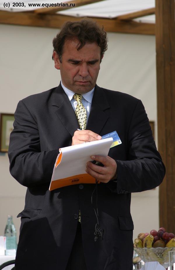 Международный судья, технический делегат ФЕИ Экхард Хилкер (Германия)
