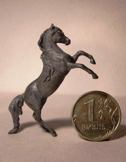 Коллекционная миниатюра, модель для литья, пластика. Вид с другой стороны
