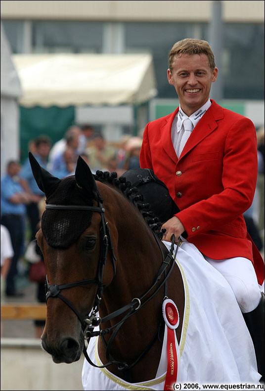 http://www.equestrian.ru/photos/photoreport2006/ch_r/a_c7b633.jpg