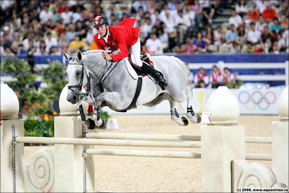 http://www.equestrian.ru/photos/photoreport2008/08_oi/jumping/q3/KSHT6169_schurtenberger_nik.jpg