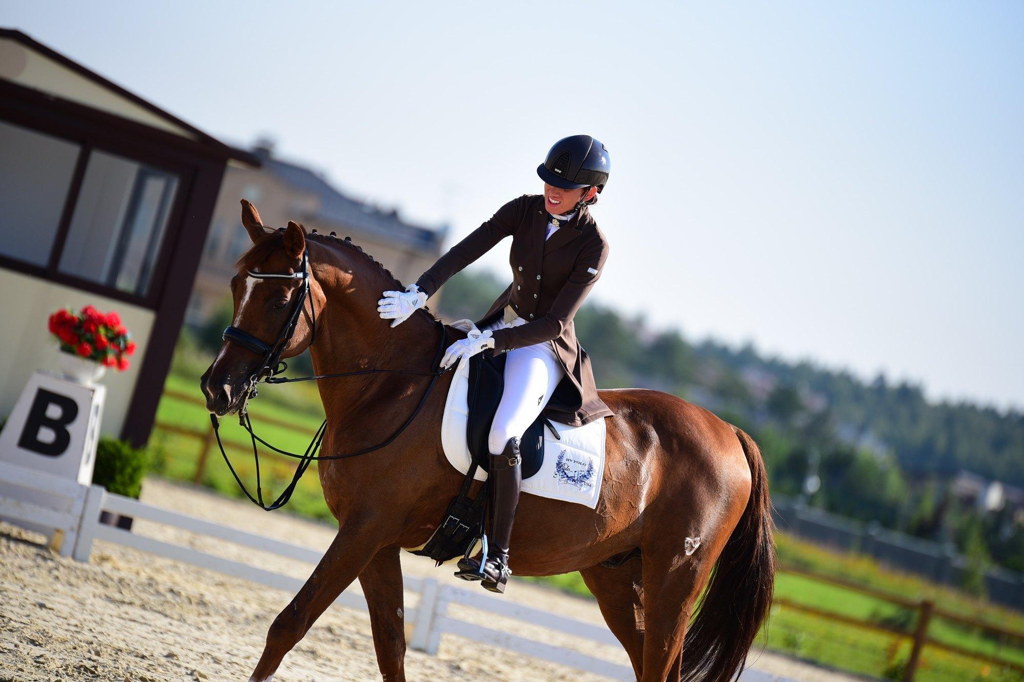 сентября как фотографировать конный спорт нтв, которую